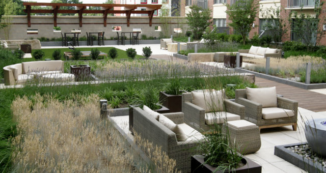How Landscape Amenities Attract and Keep Tenants